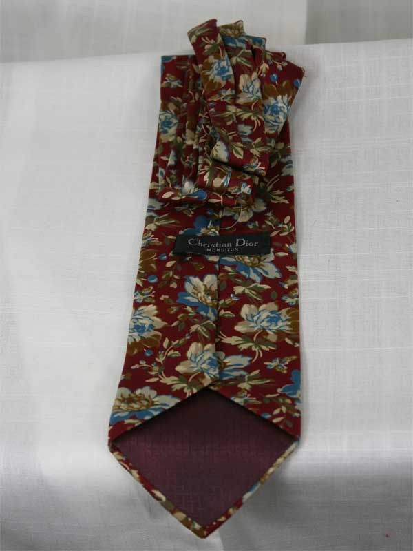christian-dior-flower-tie-front