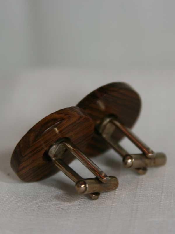 wood-cuff-back