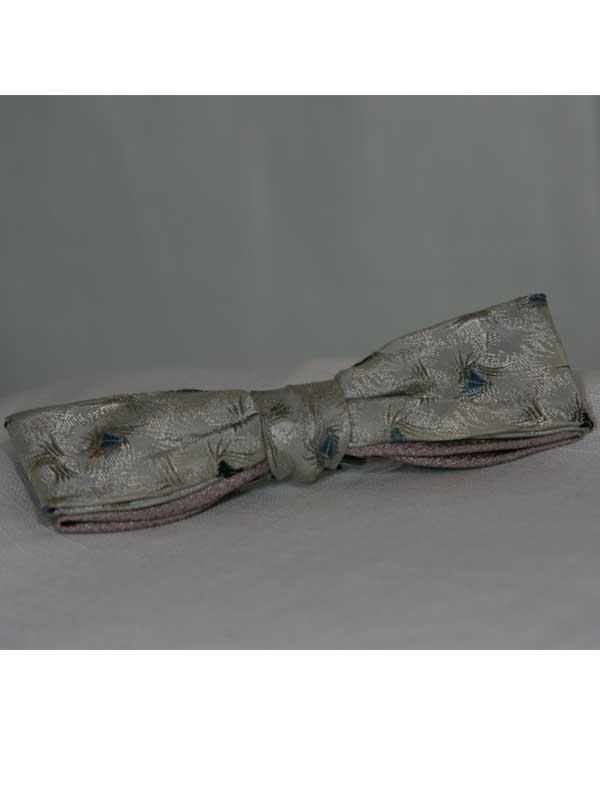 grey-bow-tie-front