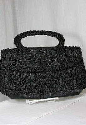 black-bead-purse-front