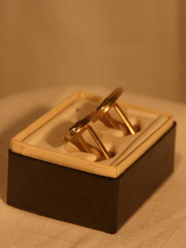 gold-cuff-link-back