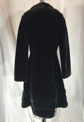 la boudoir 70s faux fur coat (6)