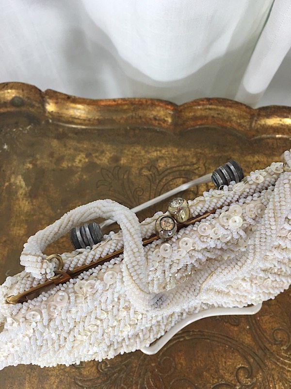 la boudoir miami 1950s white beaded fan shape evening purse (2)