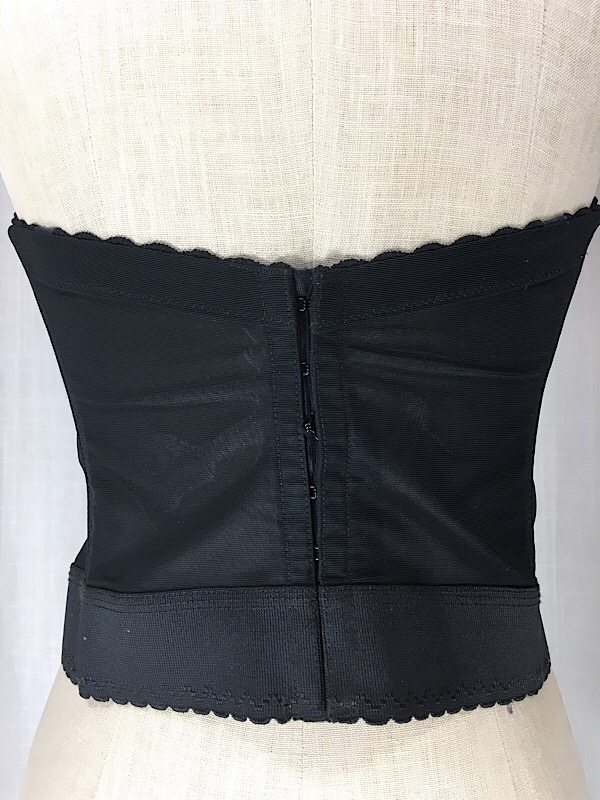 la-boudoir-miami-1980s-black-lace-bustier-full-1