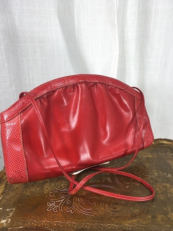 la-boudoir-miami-1970s-red-leather-purse-1