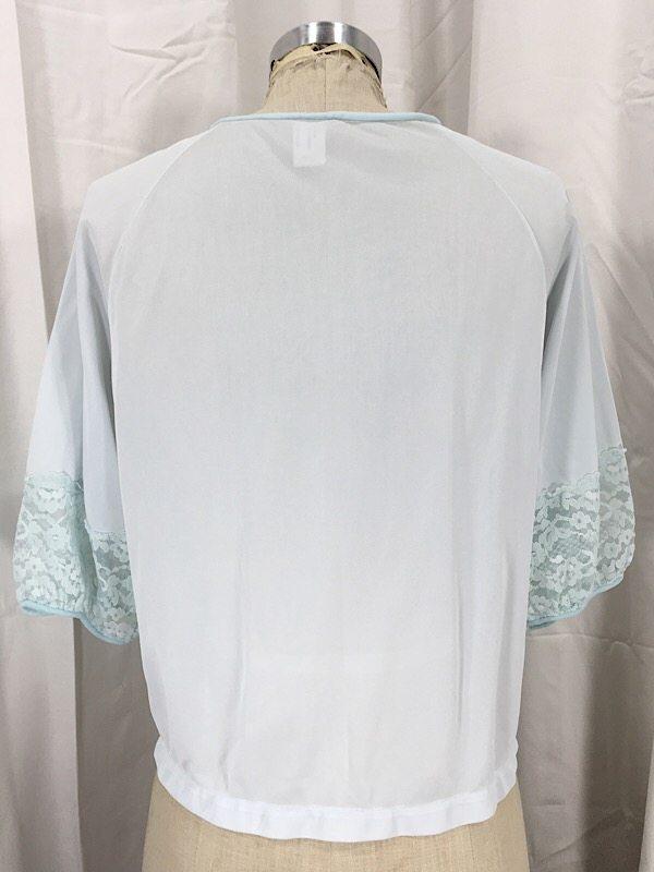la-boudoir-miami-1950s-pale-blue-lace-bed-jacket-5