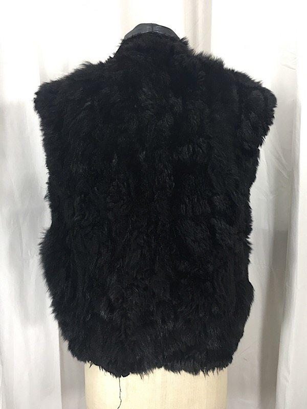 la-boudoir-miami-black-apossum-fur-vest-1