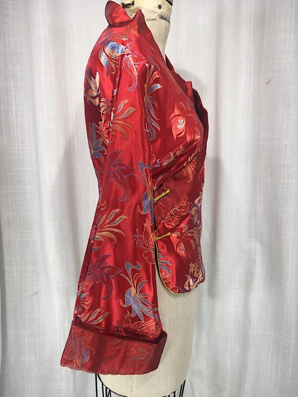 la-boudoir-miami-1940s-red-satin-floral-embroidered-asian-blouse-7