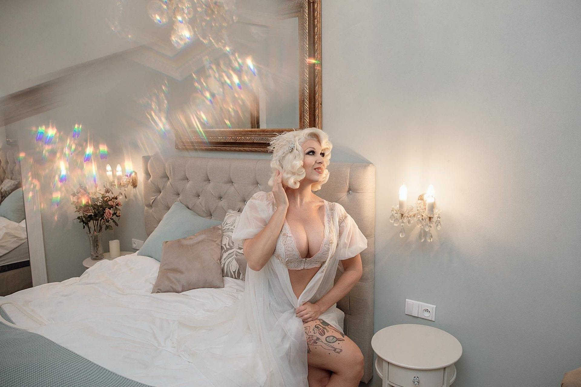 la boudoir miami vintage white lace robe