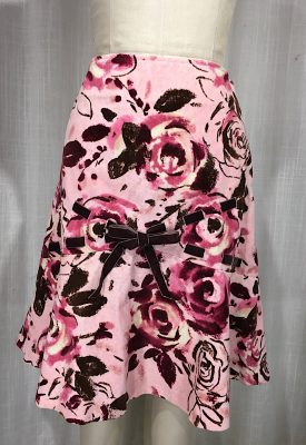 la-boudoir-miami-pink-rose-print-corduroy-skirt-with-velvet-ribbon-5