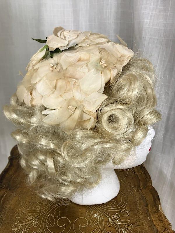 la boudoir miami vintage 1950s white flower bridal hat (4)