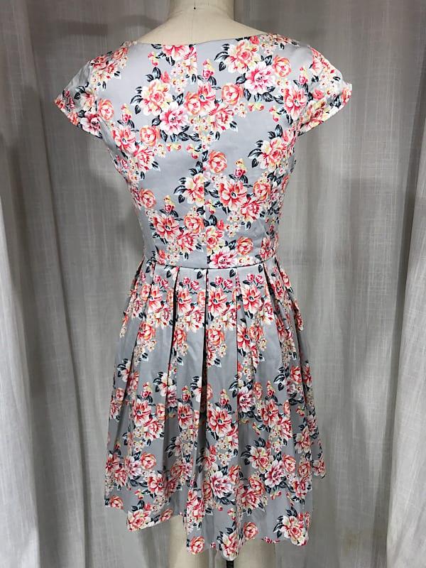 la boudoir miami vintage inspired 1950s grey pink flower print dress (4)