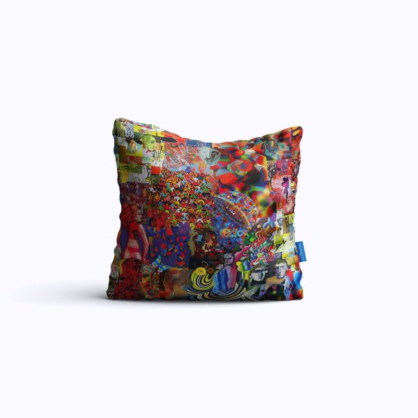 10-A-Face-in-the-Crowd-WEB-pillow01
