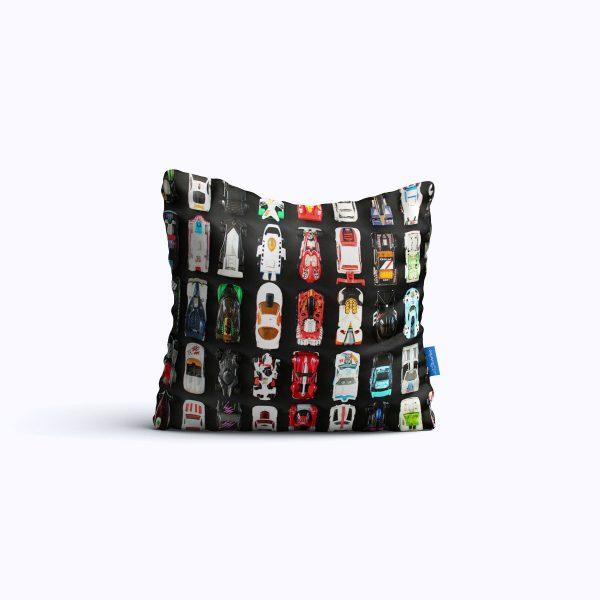 813-MuscleClub-WEB-pillow01